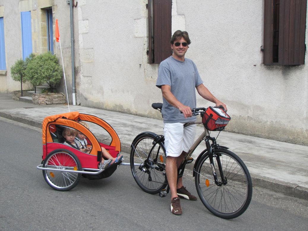 Location de velo adultes avec carriole et velo enfants Lot et Garonne